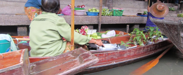 Our Favorite Places – Floating Market Ayutthaya